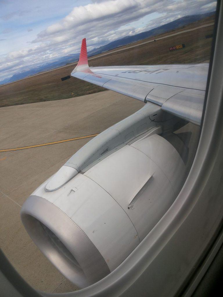 LV-FPT Embraer 190 Austral Líneas Aéreas via Wikimedia Commons